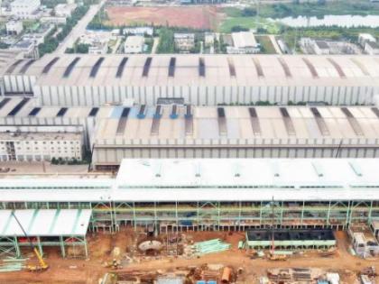 昆钢本部环保搬迁转型升级项目高线工程钢结构厂房建设进入冲刺阶段